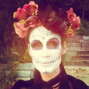 Agnete doesn't always look this way. She did this for Halloween. Gorgeous!
